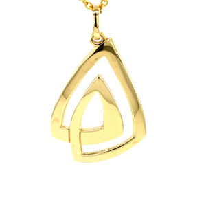 Celtic Knot Pendant Gold