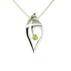 Leafy Hollow Pendant Large